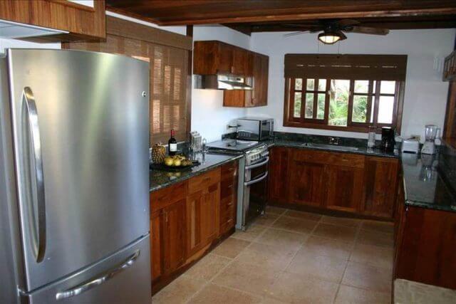Redonda Bay, Nicaragua - Shared Kitchen